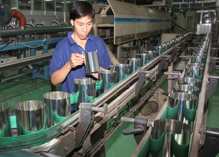 Government sets economic development tasks for 2015