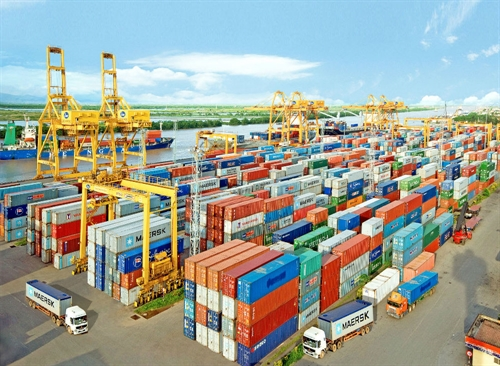 Shipping lines required to declare freight rates