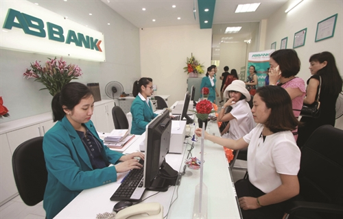 Recent online scams challenge banking security