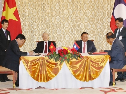 Vietnam- Lao ties more important than ever: Party leader