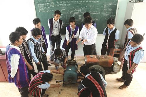 AEC poses tough challenges for Vietnam labor market