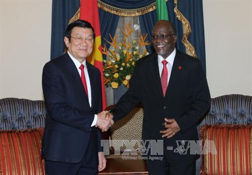 Vietnamese Tanzanian presidents agree to boost bilateral relations