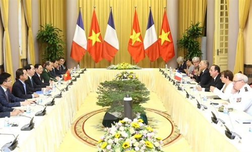 Vietnam France work out measures to foster relations