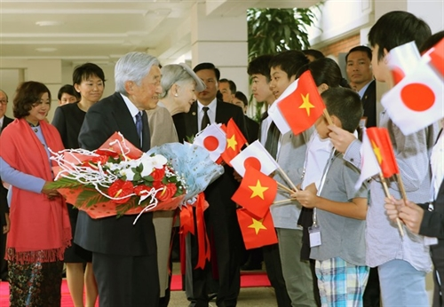 Emperors visit opens new chapter in VN-Japan ties