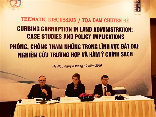 Corruption in land-related projects and ways to address it from socially structured perspectives