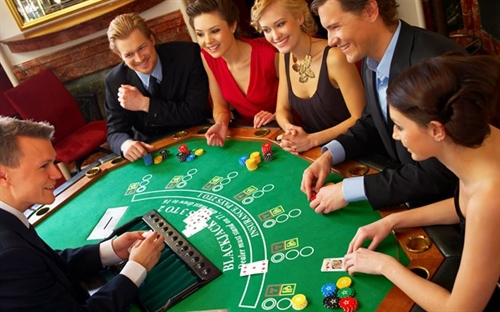 Foreigners to be allowed to carry abroad foreign currencies earned from casinos in Vietnam