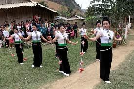 Mang hoa a unique ceremony of the La Ha