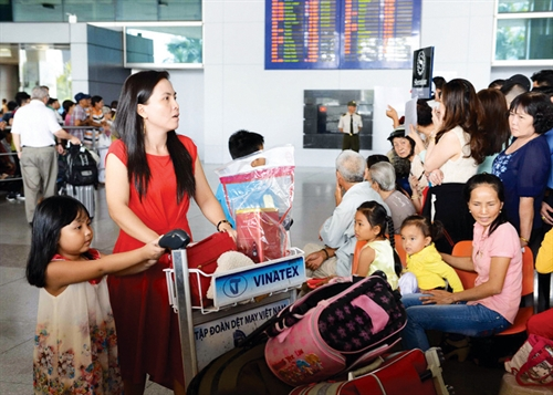 Visa exemption for children of overseas Vietnamese