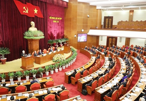 Party chief emphasizes personnel work at Party Central Committee session