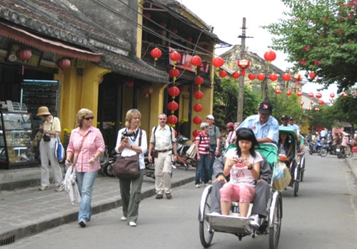 Guarantee for foreigners to get Vietnamese visas regranted