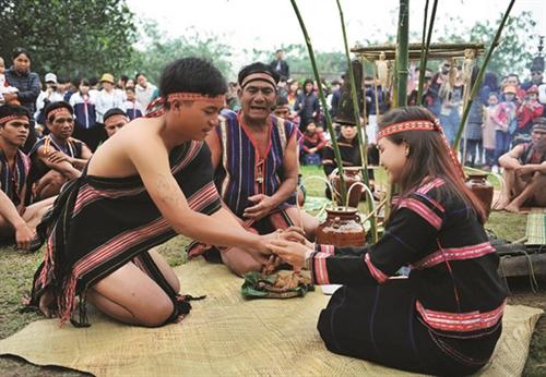 Life and customs of Gia Rai ethnic people