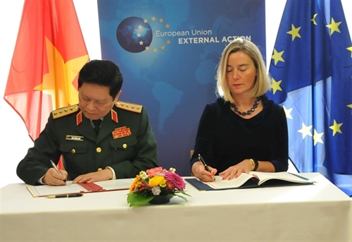 Vietnam EU sign Framework Participation Agreement