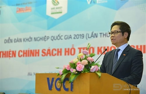 Complete policies needed to support Vietnamese start-ups