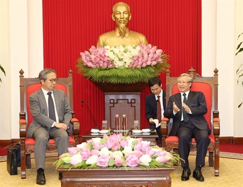 Vietnam Japan intensify extensive strategic partnership in new context