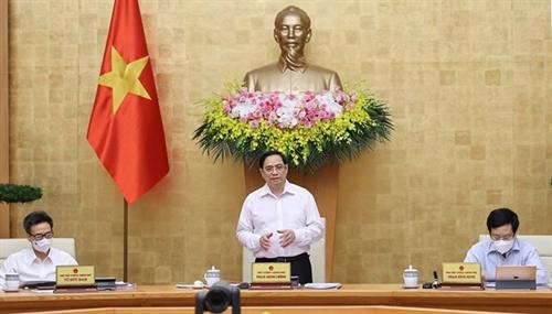 Govt convenes regular meeting to review activities in June first half