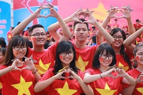 Vietnam puts people at center of development: PM